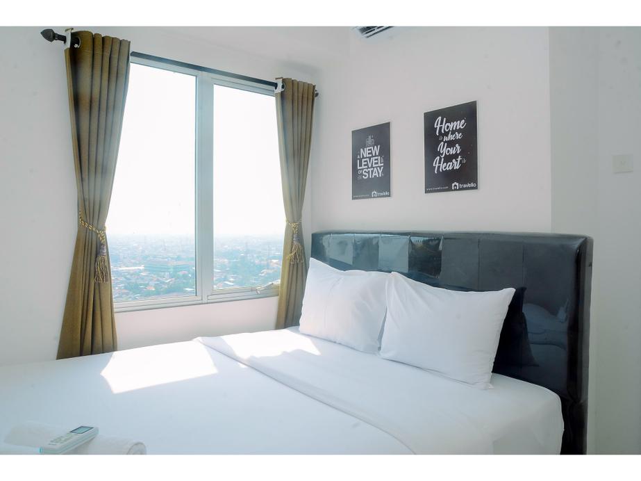 2BR Modern Fully Furnished Bassura City Apartment By Travelio, Jakarta Timur