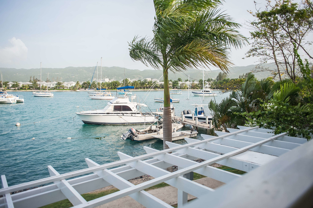 Seawind On the Bay - Apartments,