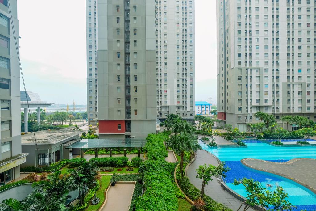 Elegant Studio (No Kitchen) Apartment at Green Bay Pluit By Travelio, Jakarta Utara