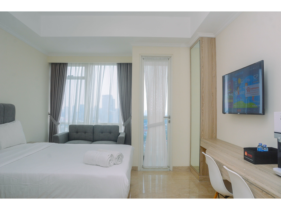 Elegant and Stylish Studio Menteng Park Apartment By Travelio, Jakarta Pusat