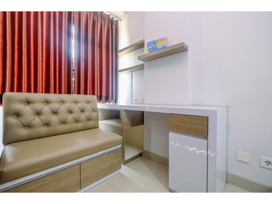 Stylish and Convenient Studio The Enviro Apartment By Travelio, Cikarang