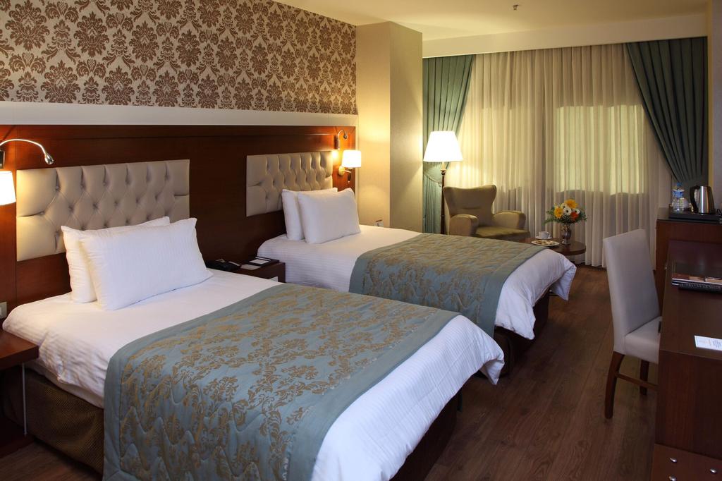 Otel Senbayrak City, Yüreğir