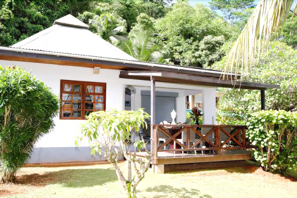 South Point Chalets,