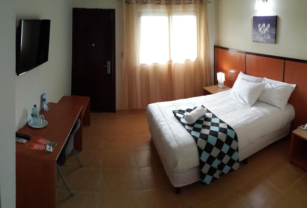 Express Inn Coronado Hotel & Camping, Chame