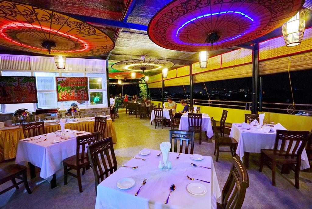 Hotel Boss, Mandalay