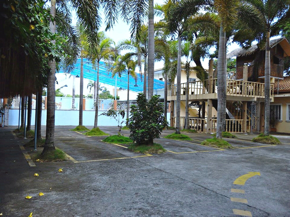 Praferosa Resort, Calamba City