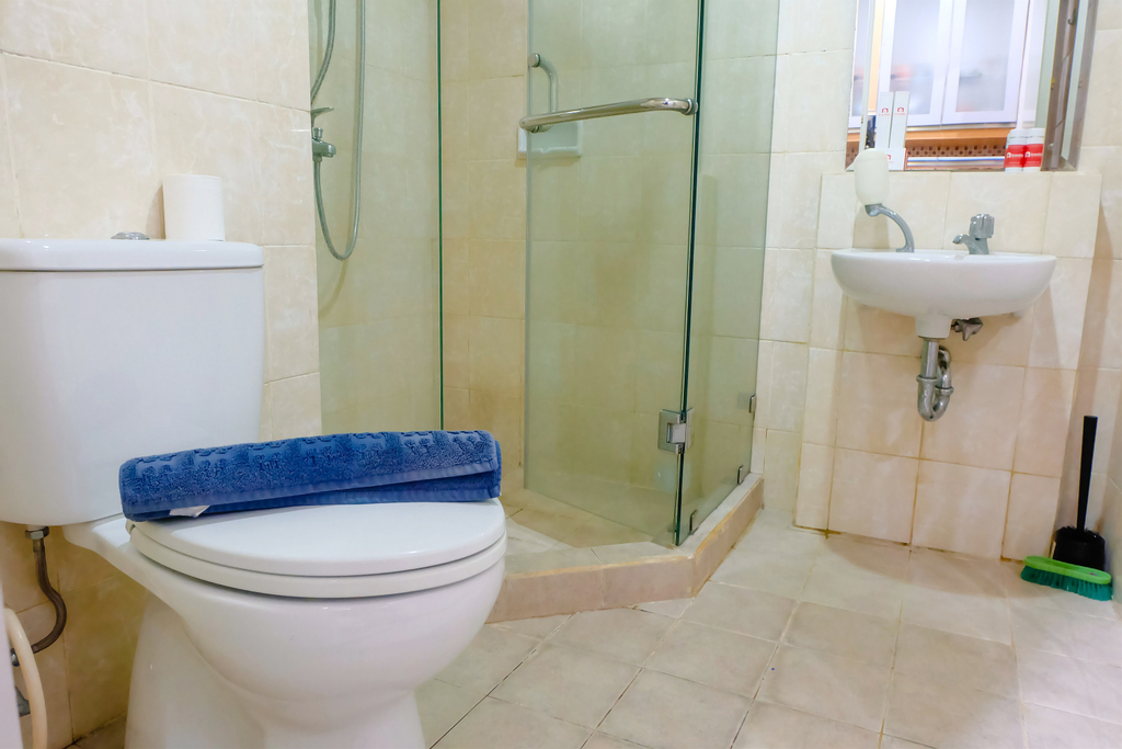 1 BR Cosmo Mansion Apartment W/ Direct Access To Thamrin City Mall By Travelio, Jakarta Pusat