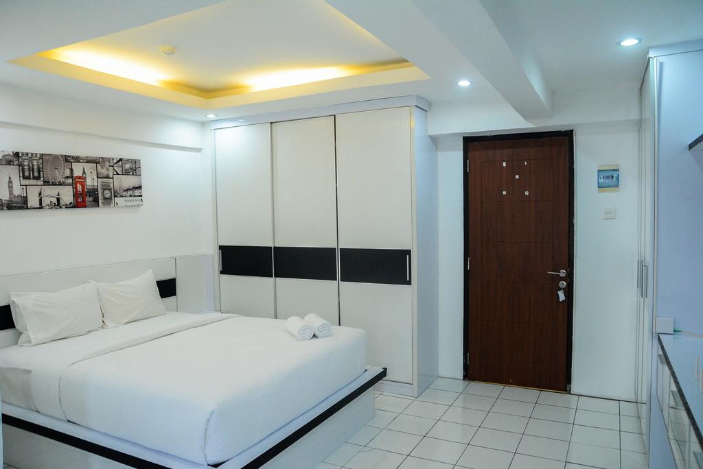 Comfort Studio Kebagusan City Apartment By Travelio, Jakarta Selatan