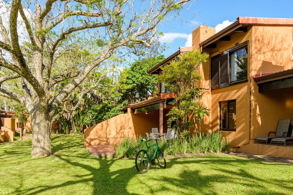 San Lameer Villa Rentals  2017, Ugu