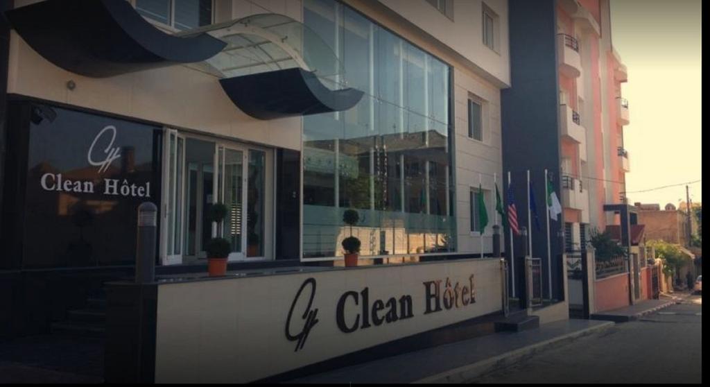 Clean Hotel, Blida