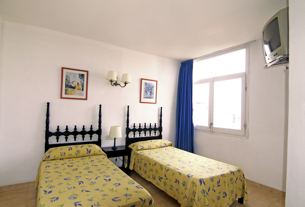 Hotel Don Quijote, Baleares