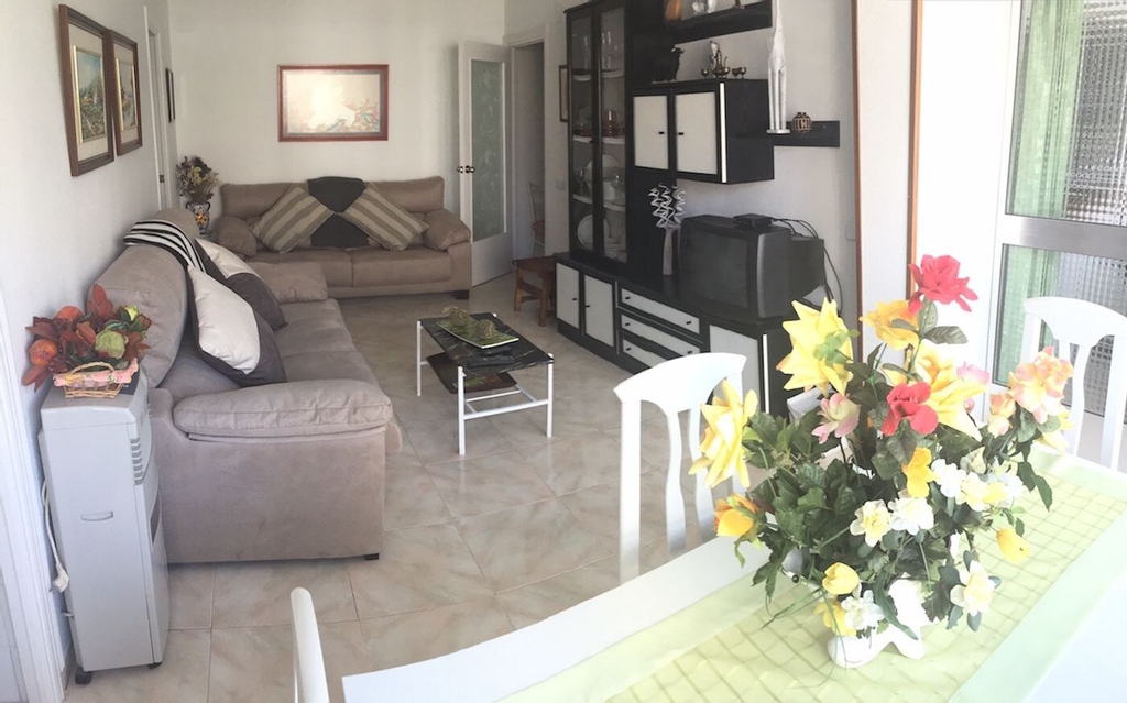 Mediterranean Avenue Apartment, Alicante