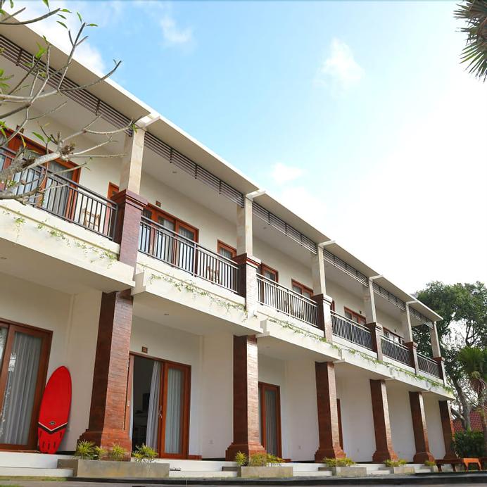 Seno Guesthouse & Cafe, Badung