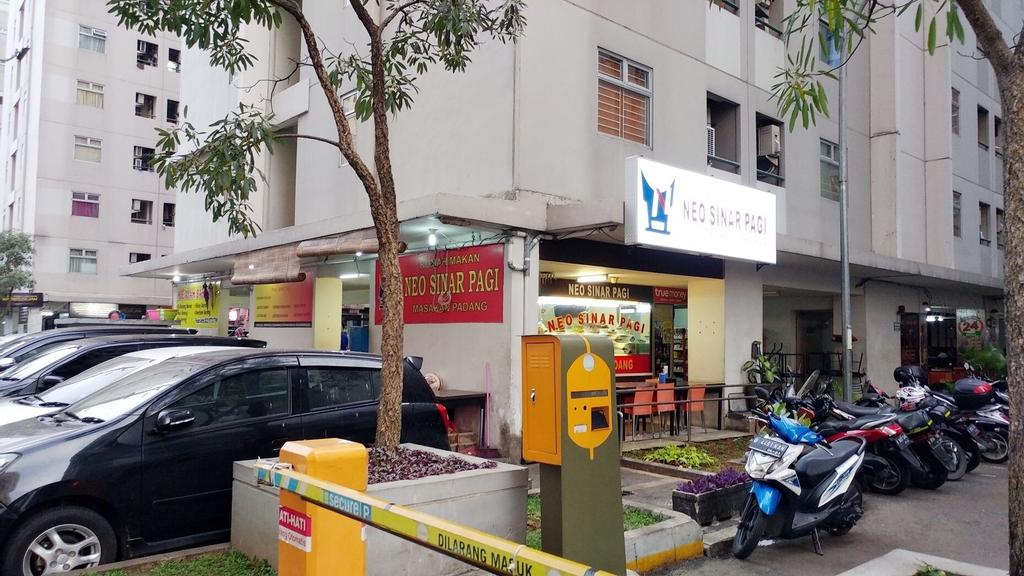 Kalibata Apartment With Sofa Bed Near Shopping Center, Jakarta Selatan