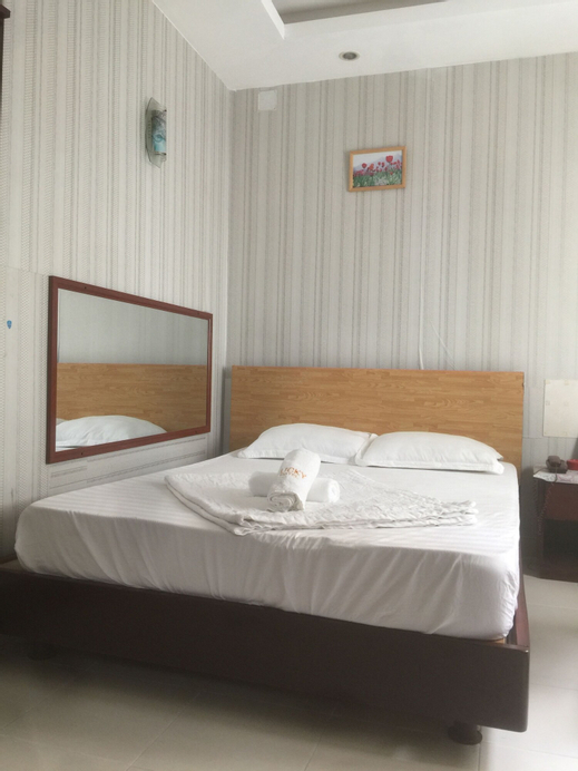 Lucky Hotel, Quận 1