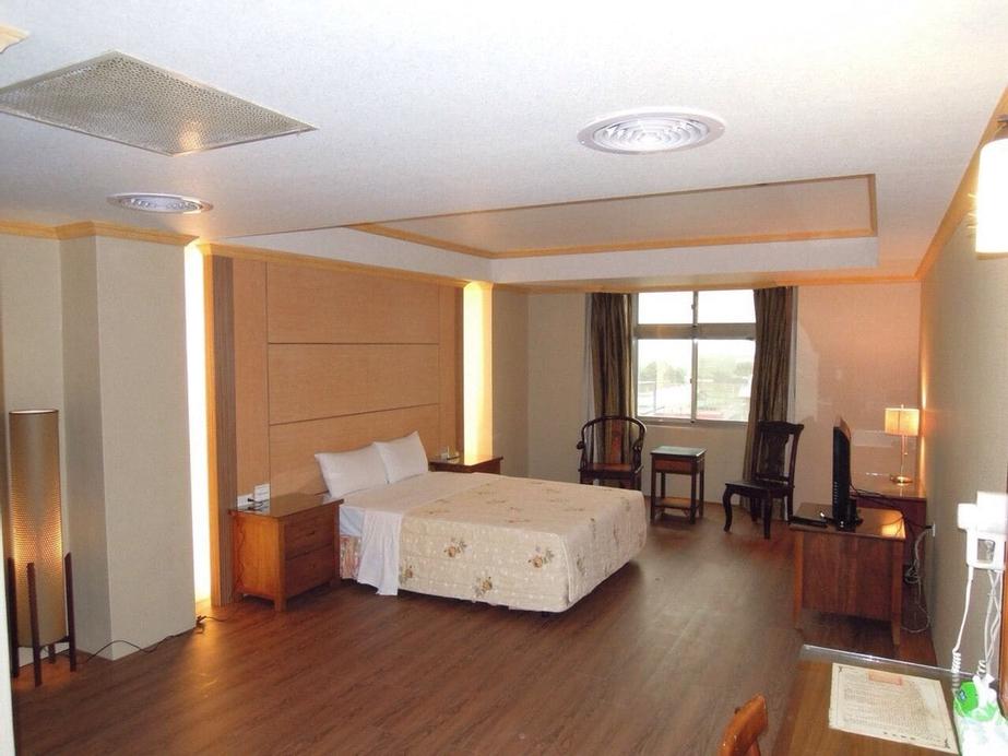 San Ho Business Hotel, Yulin