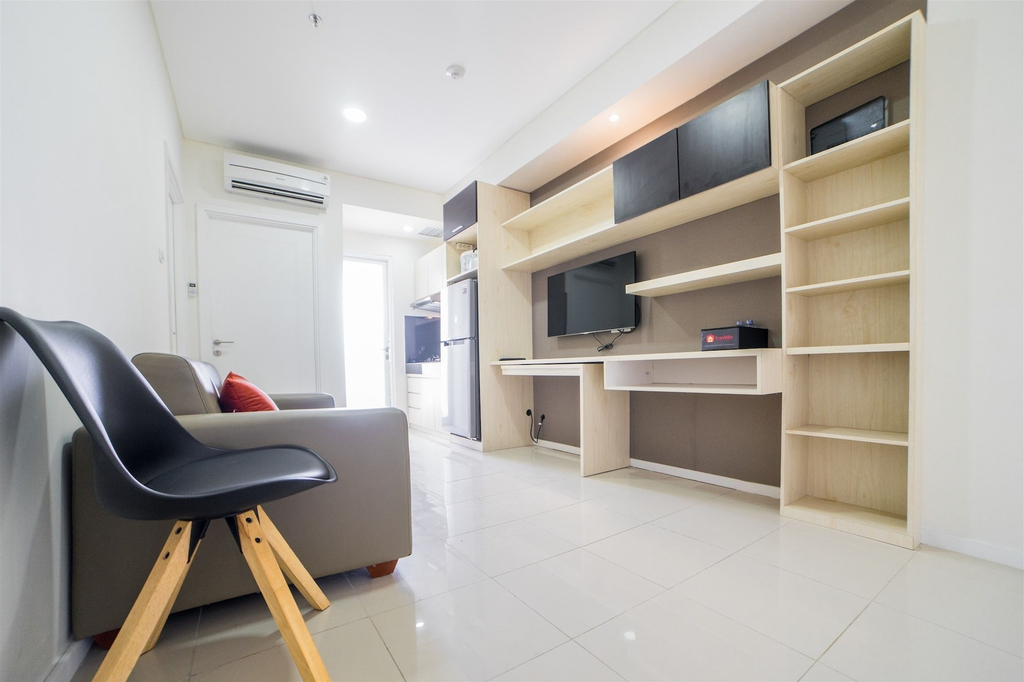 Stylish 1BR Apartment at Parahyangan Residence near UNPAR By Travelio, Bandung