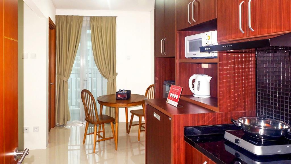 Homey Woodland Park Apartment Near Kalibata Plaza, Jakarta Selatan