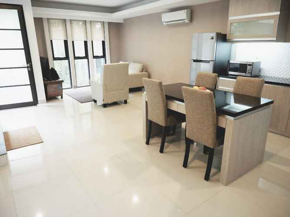3BR 2FL with Private Pool Bali Maisonette Min. 2 nights, South Jakarta