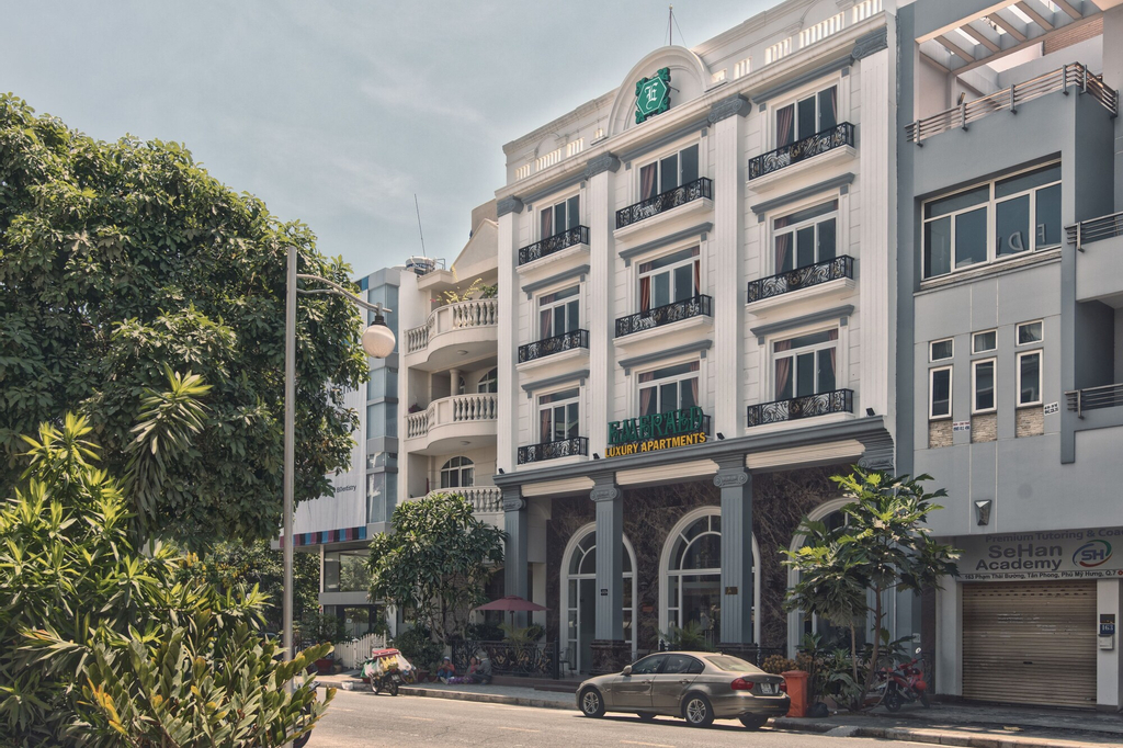 Emerald Serviced Apartments, Quận 7