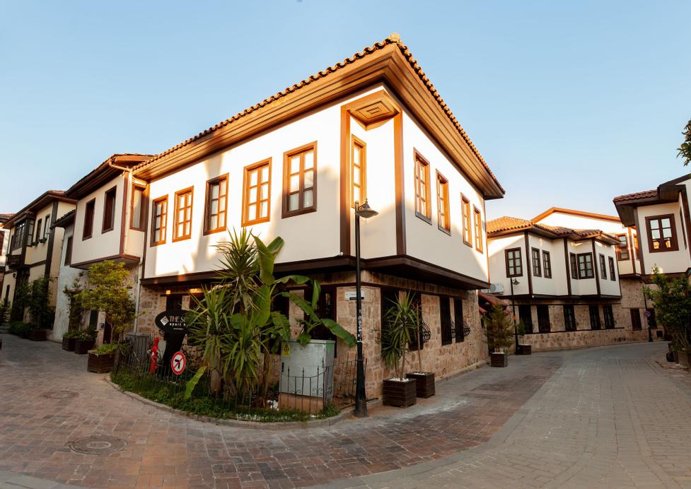 The Suite Apart Hotel Kaleiçi, Merkez