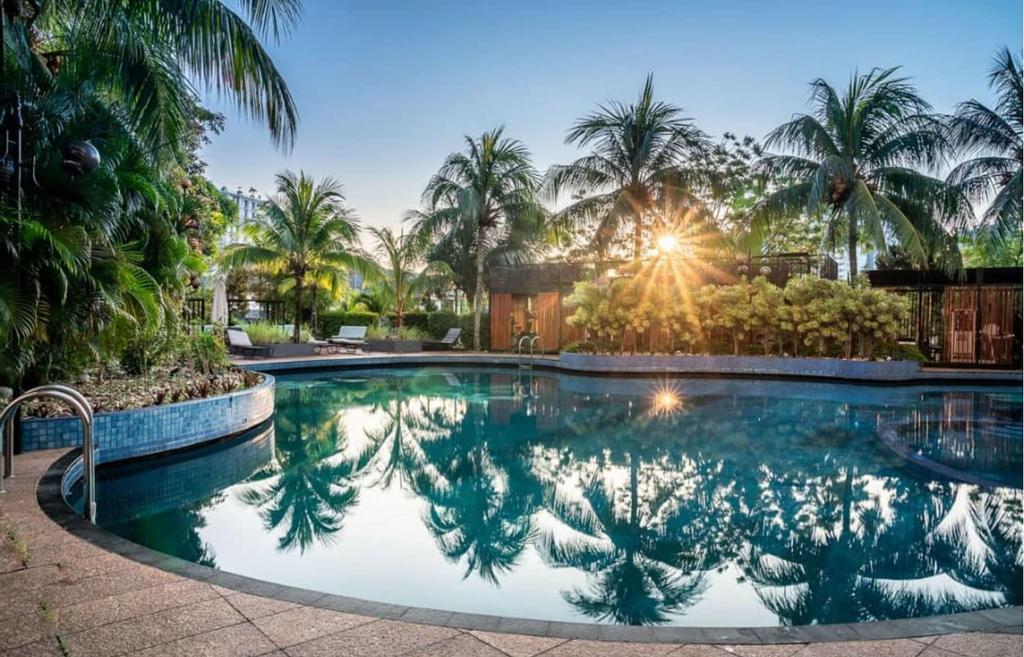 Century Bay Private Residences, Pulau Penang