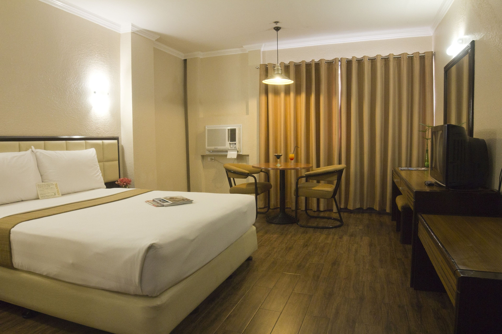 Rothman Hotel, Manila