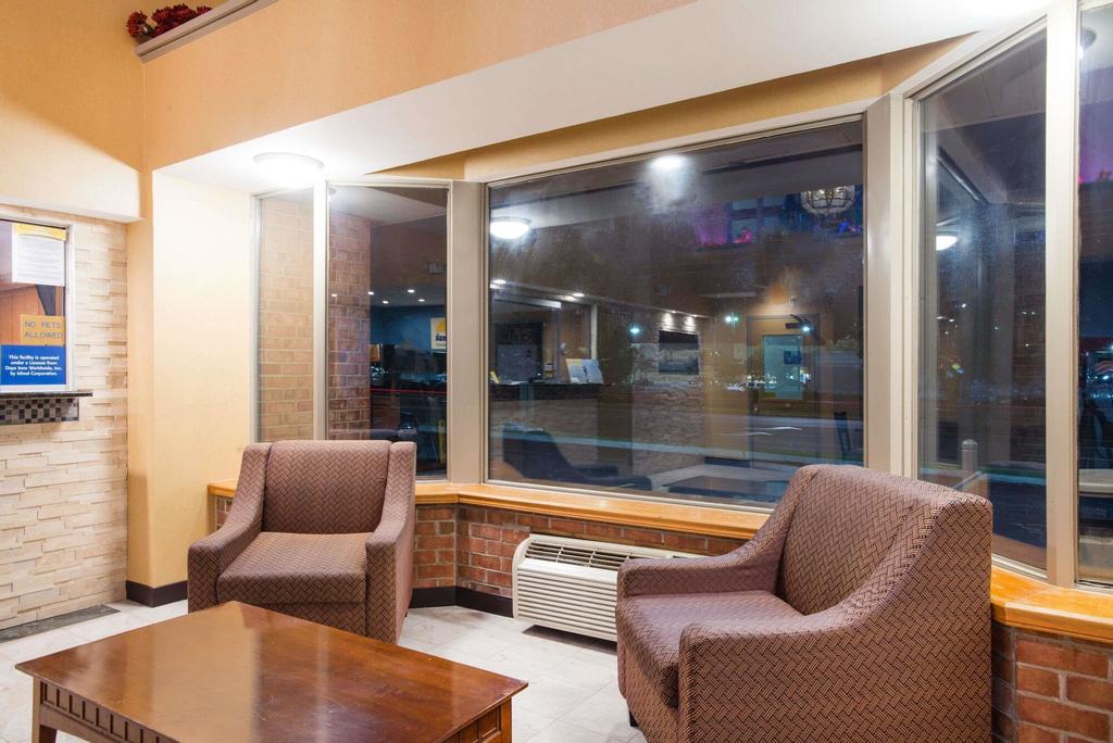 Days Inn by Wyndham New Haven, New Haven