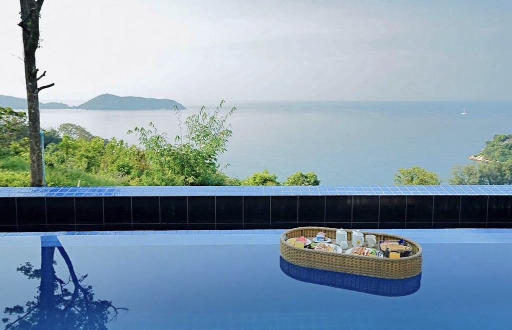 Grand Bleu Ocean View Pool Suite, Pulau Phuket