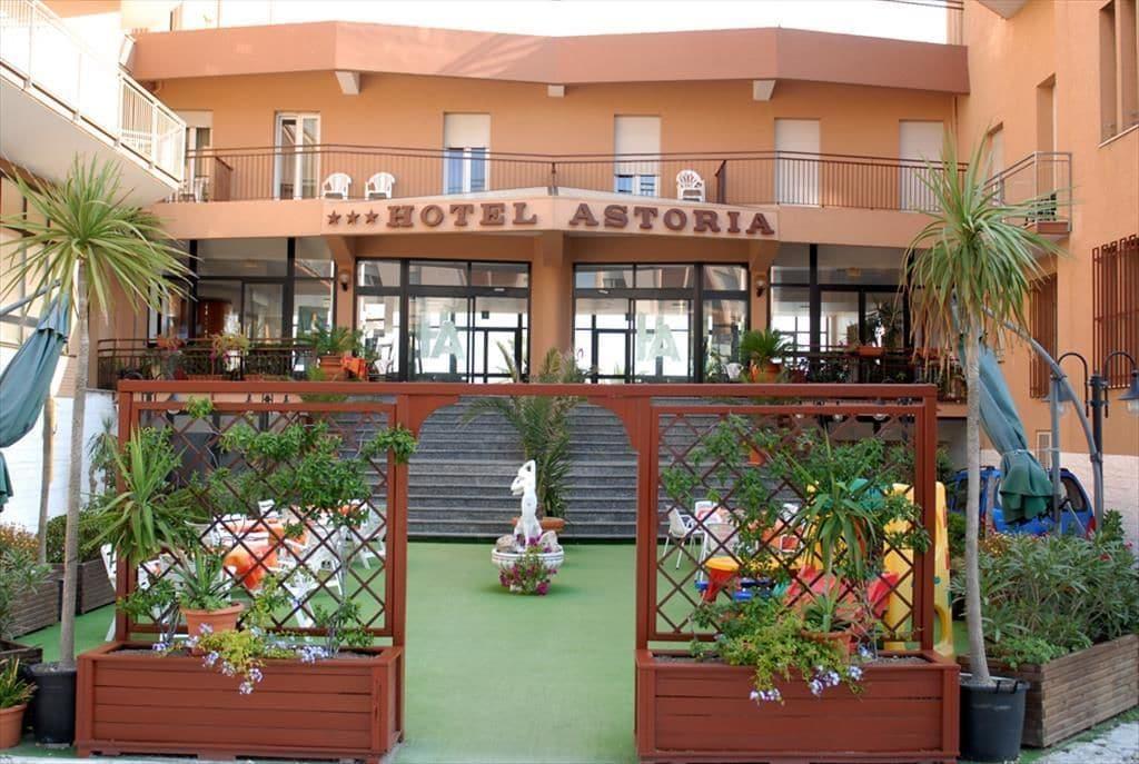 Hotel Astoria Pesaro, Pesaro E Urbino