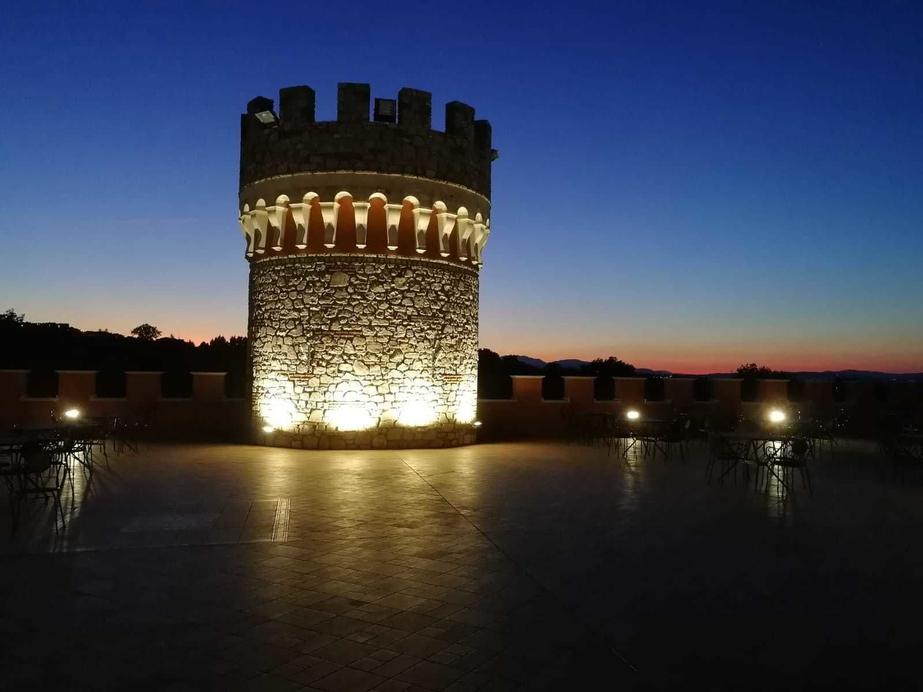 Castello Torre in Pietra - Pietradefusi, Avellino