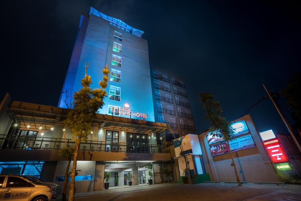 Maple Hotel Grogol, West Jakarta