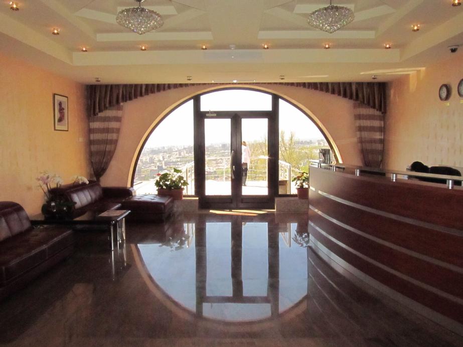Nare Hotel,