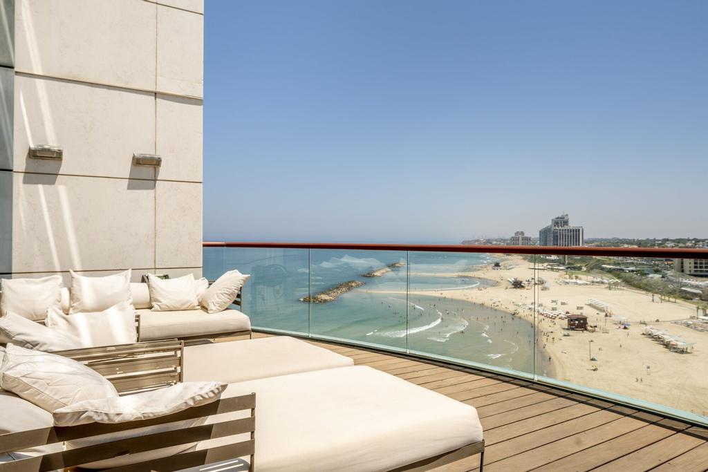 Panoramic Sea View W Pool & Gym Access,