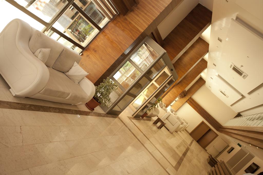 Yali Park Hotel, Merkez