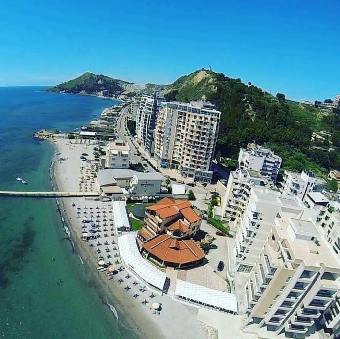 Hotel Keshtjella, Durrësit