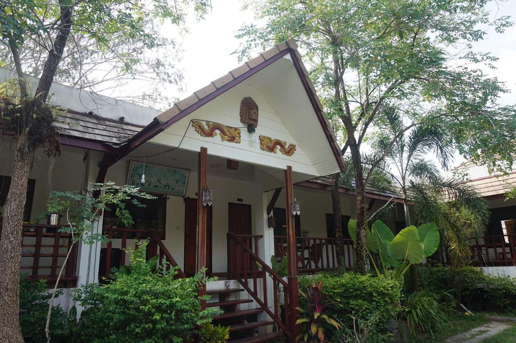 Buppha Resort, Takua Pa