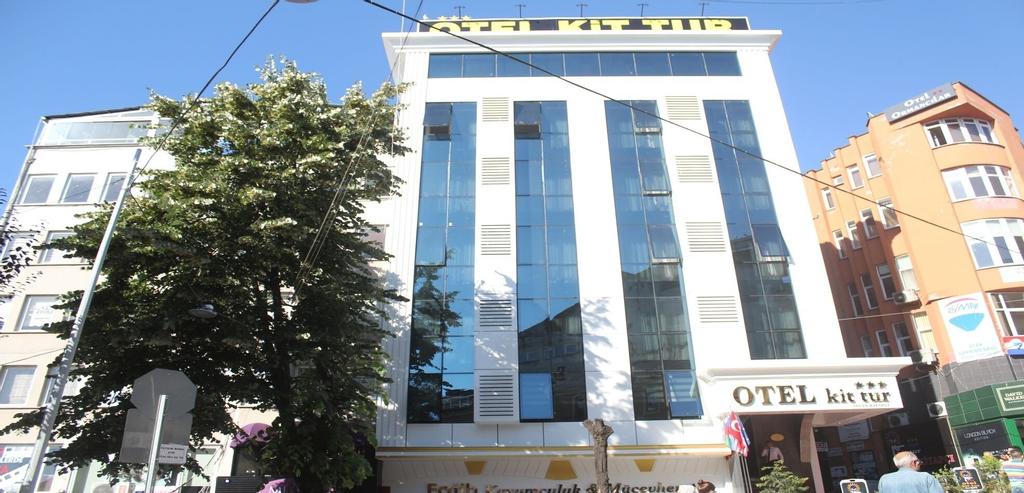 Hotel Kit Tur, Merkez