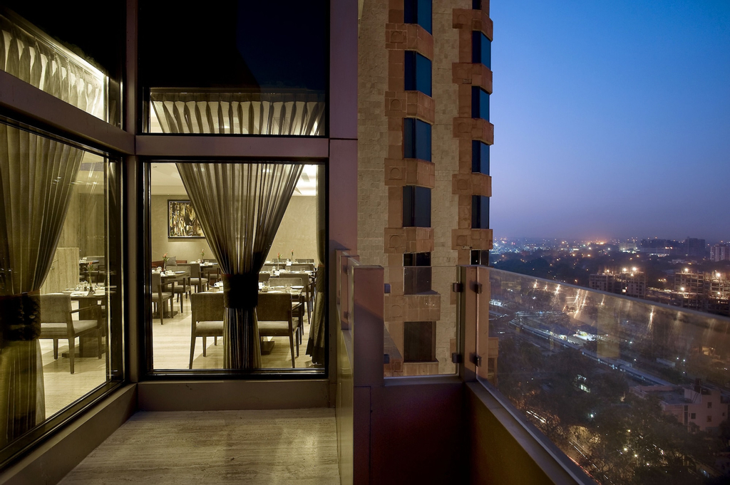 The LaLiT New Delhi, West