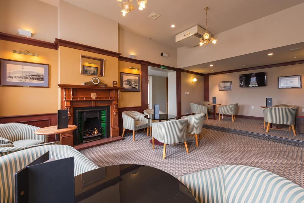 Kingsgate Hotel Greymouth, Grey