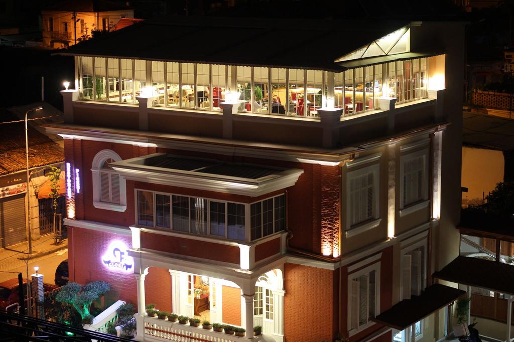 Hotel Boutique Restorant GLORIA, Tiranës