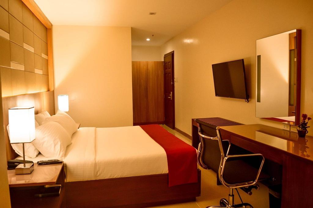 Hotel Veniz Session, Baguio City