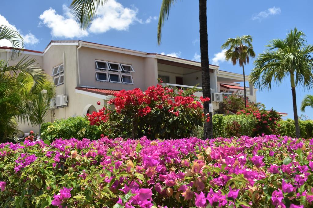 Antigua Village Beach Resort,