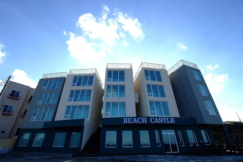 Beach Castle, Jeju