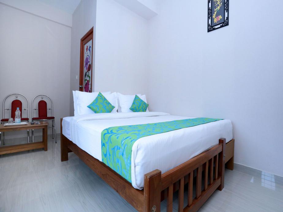 OYO 10840 Hotel Periyar Towers, Idukki
