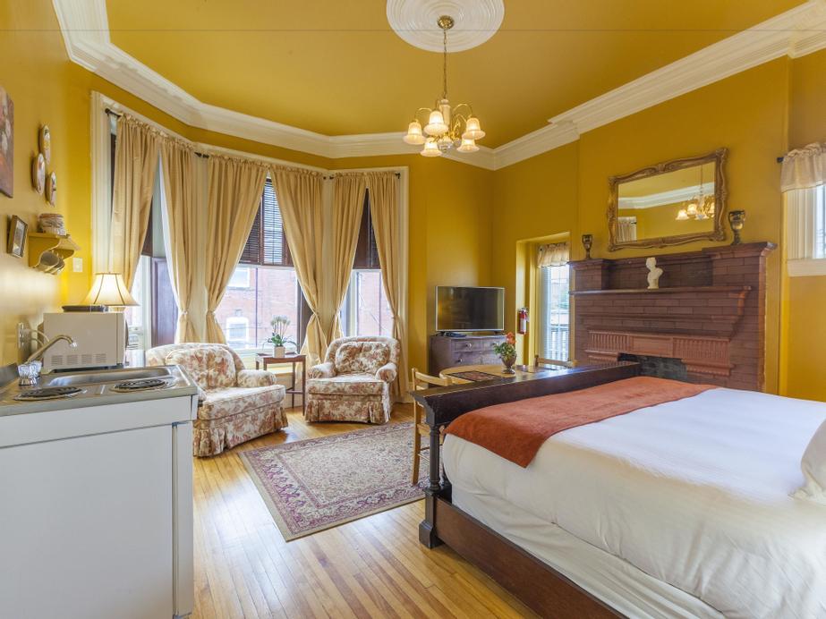 Chipman Hill Suites on Sydney, Saint John
