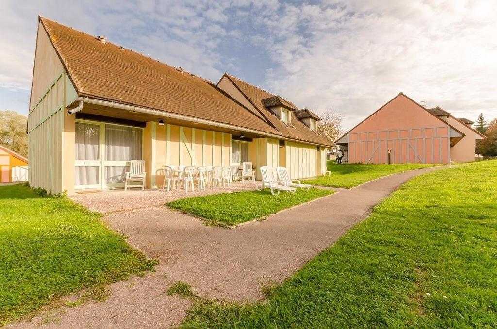 Orient Village, Aube