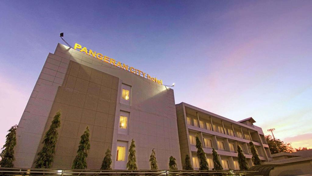 Pangeran City Hotel, Padang