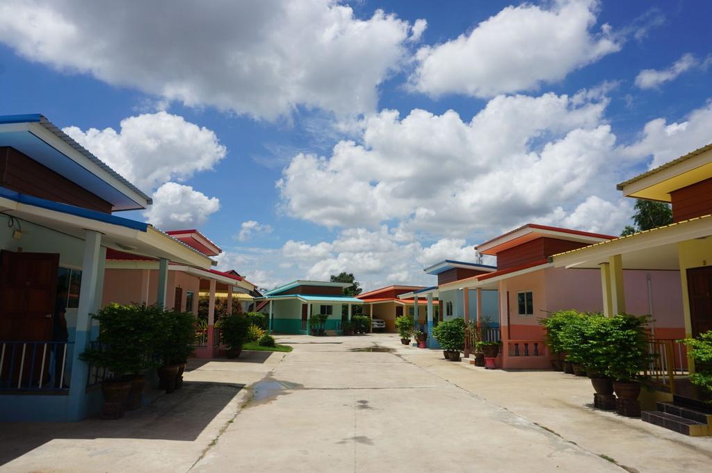 Bann Kwanlada Hotel, Muang Roi Et