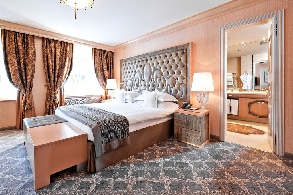 Carlton Hotel St Moritz, Maloja